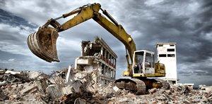 Проводим демонтаж зданий