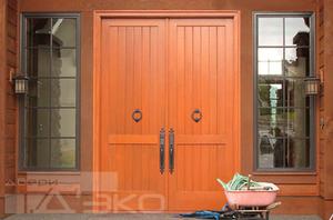 Купить входные деревянные двери для дома