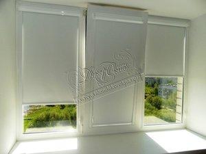 Различные виды рулонных штор на пластиковые окна