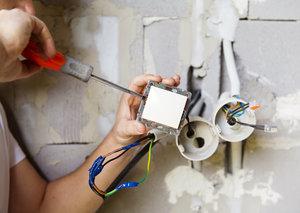 Услуги по ремонту электрики в Вологде