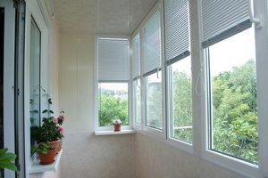 Жалюзи на балкон и лоджию - лучшая защита от солнца!