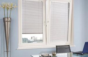 Заказать жалюзи на окна в Коряжме.