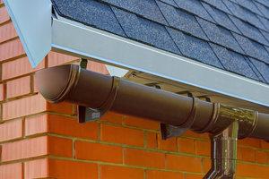 Пластиковые водостоки для крыш недорого