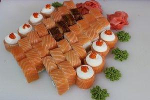 Побалуйте себя вкуснейшими суши с доставкой на дом от суши-бара «Эдо»!