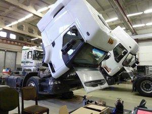 Ремонт грузовиков