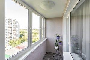 Остекление балкона пластиковыми окнами в Вологде