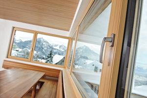 Деревянные окна из сосны - отличная замена пластика
