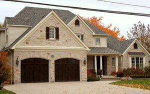 Облицовка фасада дома: выбирайте любые материалы!