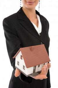 Юрист в сфере недвижимости