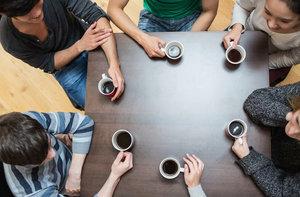 На разговорный клуб с носителем языка осталось 4 места, спешите забронировать по тел. 79-83-11!
