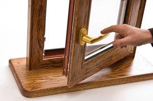 Заказать установку деревянных окон