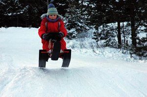 Nika Снегокат Snowdrive СНД3 скоро в наличии. Снегокат с системой амортизации купить в Череповце в Игрушки Сити.
