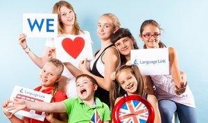 Записывайтесь в летний языковой лагерь!