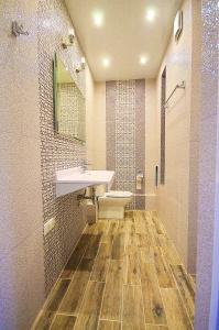 Красивый недорогой ремонт ванной комнаты без выплат дизайнеру и технологу с выгодой на материалах и сантехнике до 23%.