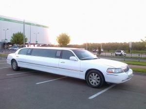 Лимузин на свадьбу за 1999 руб/час