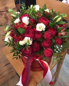 """Купить цветы в коробке в Орске легко в """"Dom Shumov"""""""