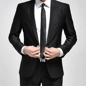 Мужской классический костюм в салоне BOSTON