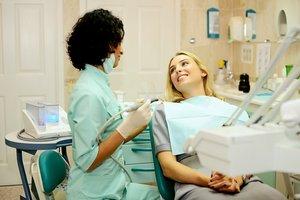 Платная стоматология. Оказываем квалифицированную помощь!