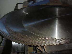Распродажа складских запасов корпусов дисковых пил для резки камня (Германия)