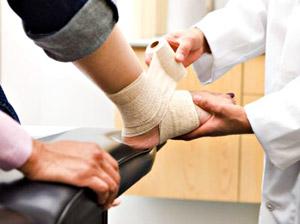 Ведет прием врач травматолог-ортопед