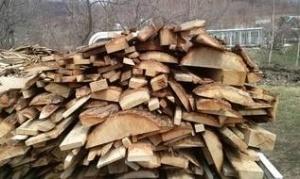 опилки и дрова дубовые