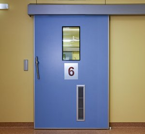 Герметичные медицинские автоматические двери в Красноярске