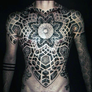 Тату в стиле Ornamental: Blackwork, Linework и Dotwork