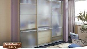 Мебельное стекло и зеркало – эти материалы активно применяются для создания современной мебели