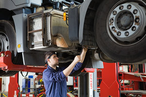Грузовой ремонт автомобилей в короткие сроки