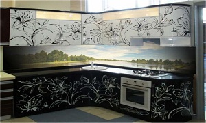 Природа на фартуке из стекла для кухни