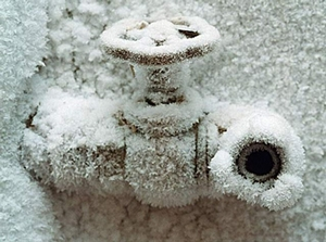 Как защитить трубы от замерзания при помощи кабельного обогрева