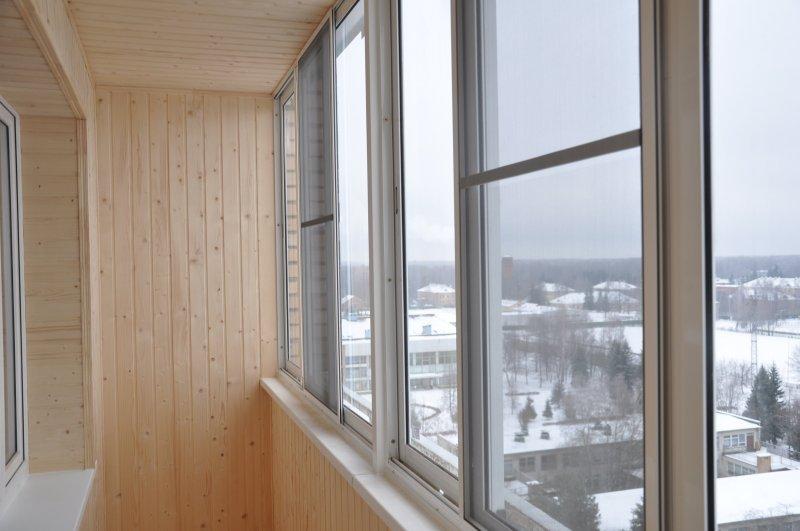 Услуги - остекление балконов, лоджий, квартир. пвх,алюминий .