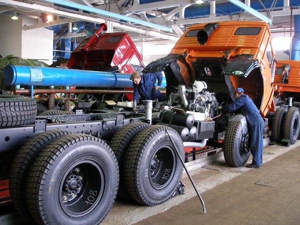 сервис грузового автомобиля