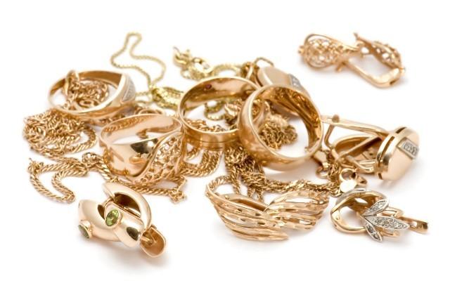 Как заложить золото в ломбард с возвратом
