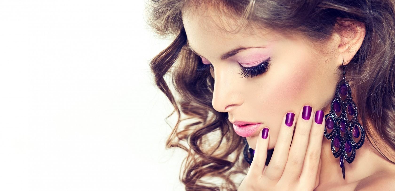 хорошие салоны красоты в москве окрашивание волос