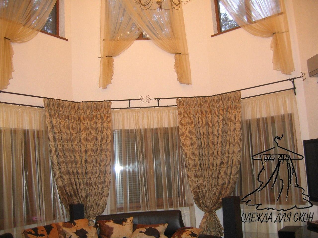 Дизайн штор для нестандартных окон