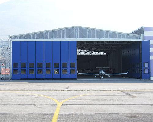 Воротные системы, промышленные ворота, складные и откатные ворота выпускаемые компанией DoorHan (Дорхан)