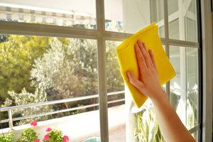 Качественное мытье окон в квартире, доме, офисе.