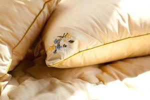 """Огромный выбор подушек в магазине """"Ковры"""""""
