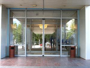 Надежные автоматические двери