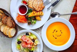 Доставляем обеды, ужины, любые блюда из основного меню!