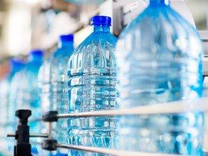 Преимущества бутилированной воды перед фильтрованной или кипяченой