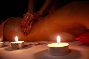 Эротический массаж для женщин - выбор современной леди