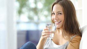 Почему лучше заказывать доставку воды на дом?