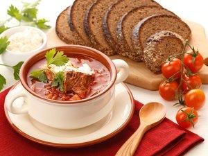 Блюда русской кухни в ресторане Арбатъ