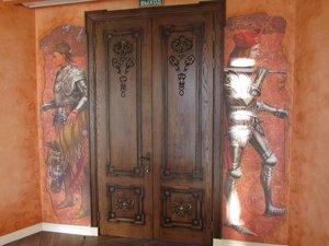 Купить деревянные двери в Симферополе