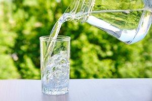 Заботимся о вашем здоровье, доставляя чистую питьевую воду.
