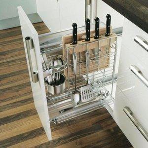 Где расположить бутылочницу в кухонном гарнитуре