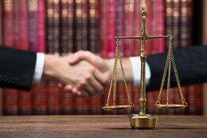 Оказываем услуги по защите прав в суде!