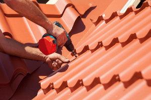 Заказать ремонт крыши в Вологде